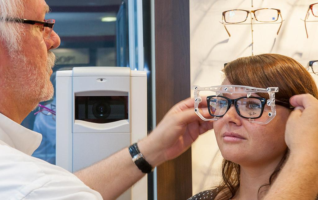 Optische Brillenanpassung